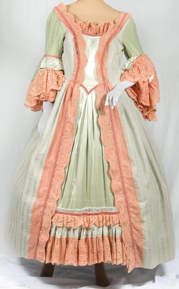 b27eae334ef1 Colonial Costumes